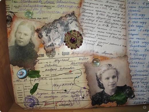 Нашла старую отцовскую папку с документами. Сокровища!!!Сначала хотела их все прямо на стенку в кухне наклеить(обои надо менять), но здравый смысл в лице моей старшей дочери победил. Вот, родились часы. фото 18
