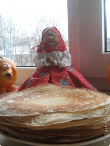 Бабулечка-крохотулечка. Она же грелка на маленькую чайную чашку. фото 3