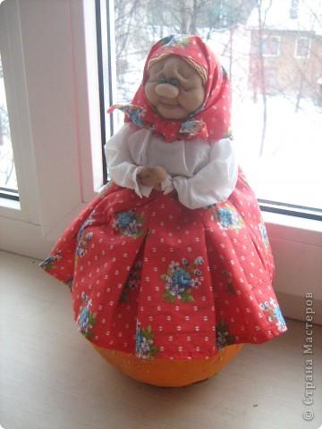 Бабулечка-крохотулечка. Она же грелка на маленькую чайную чашку. фото 4