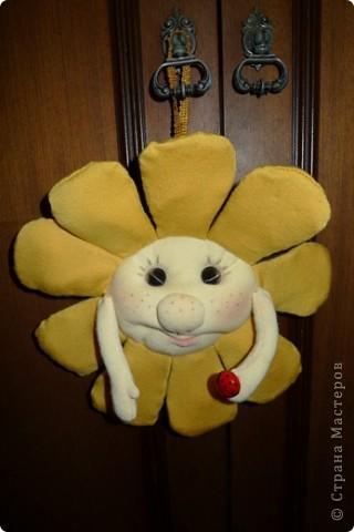 Вдохновилась очередной работой Елены (pawy) и тут же приступила к очередному творению! Задумывалось сделать солнышко по МК, но в итоге получился вот такой солнечный цветочек!)) фото 2