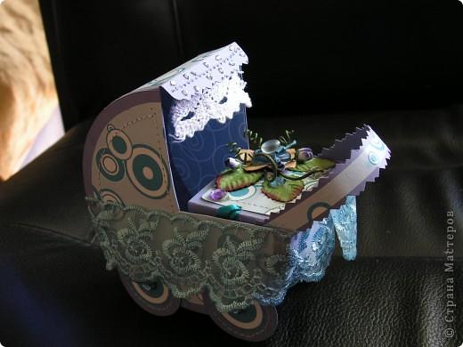 подарочная колясочка с золотоый булавочкой фото 1
