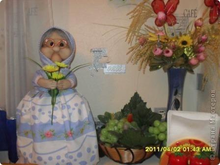 Сестрёнка дополнила мою коллекцию кукол,сшила вот такую красотулишну, а я не удержалась и хвастаюсь. Уж очень она мне нравится фото 2
