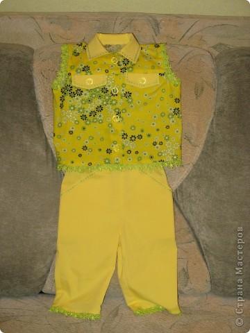 Весенний костюм для маленькой девочки
