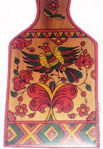 Попробовала расписать изделия пермогорской росписью.Мне  она очень понравилась!Простая, яркая и поднимающая настроение, даже дети легко смогут нарисовать таких коровок и птичек!))) фото 5