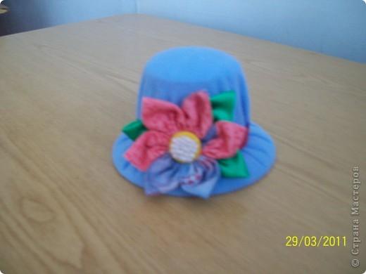 Алексей сшил эту шляпу в подарок маме. фото 5