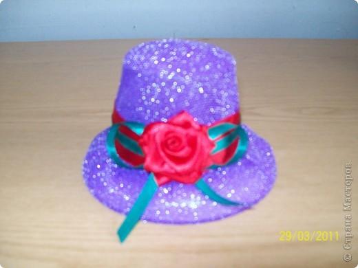 Алексей сшил эту шляпу в подарок маме. фото 6
