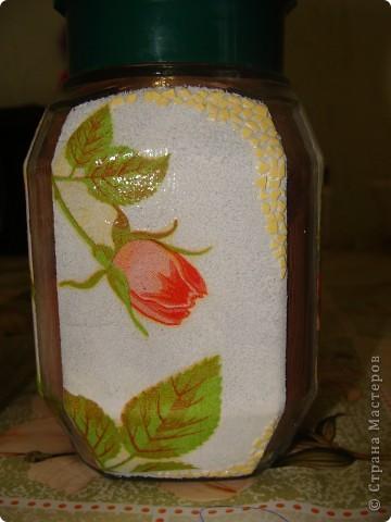 Использовала капроновый чулок, распечатку, блестки и акриловую белую краску, подкрашеную гуашью фото 4