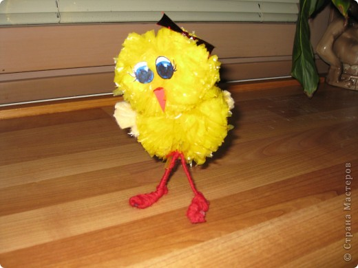 у нас сегодня прибавление в семействе-цыплята(не смогла пройти мимо желтеньких мусорных пакетиков) фото 2