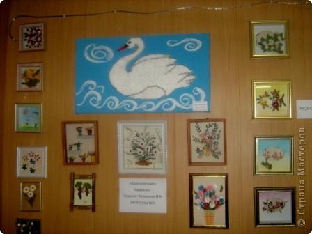 В нашем городе в конце 3 четверти в школе проходила городская выставка детского творчества. Множество разнообразных работ в разных техниках.  фото 12