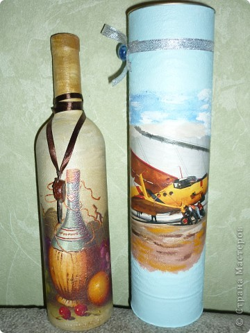 грунт,салфетка дорисовка акриловыми красками,контур,лак для саун,на ленте печать псевдосургуч из пробковой бутыли,воск ,теснение  монеткой,краска акриловая ,жженая умбра фото 3