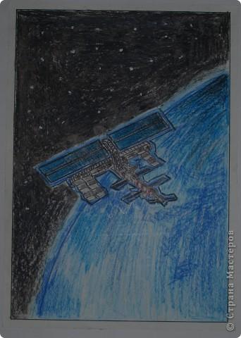 """Давали вместе с учителем музыки Дзиговской Н.К в лицее №36 открытый урок """"Космический пейзаж"""", посвященный первому полёту человека в космос. фото 10"""