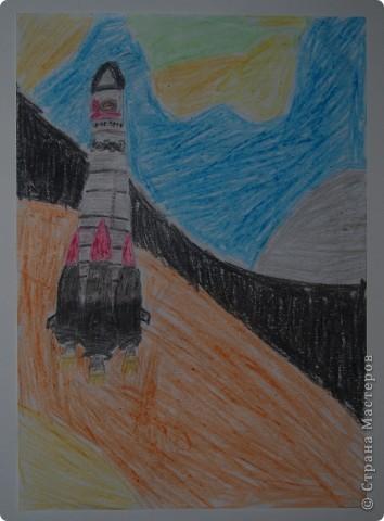 """Давали вместе с учителем музыки Дзиговской Н.К в лицее №36 открытый урок """"Космический пейзаж"""", посвященный первому полёту человека в космос. фото 9"""
