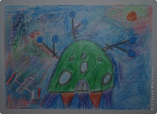"""Давали вместе с учителем музыки Дзиговской Н.К в лицее №36 открытый урок """"Космический пейзаж"""", посвященный первому полёту человека в космос. фото 12"""