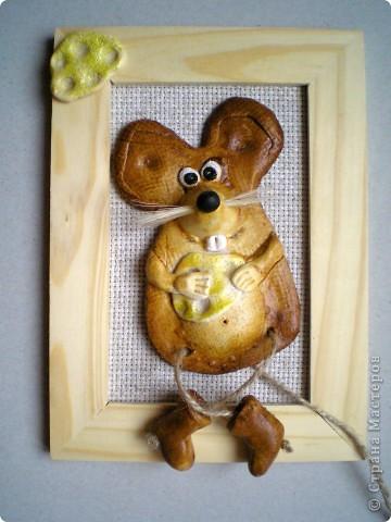 Никогда не думала, что тесто меня так захватит :-) . Напекла таких животных: сырная мышка (повторение глиняного варианта, но получилось совсем по-другому) фото 1