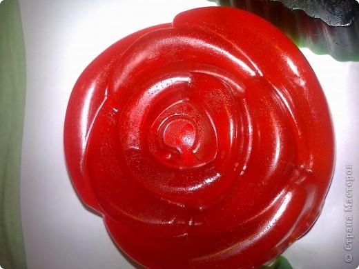 Основа, масло виноградной косточки, водорастворимый краситель для яиц, глицерин, витамин Е, отдушка - клубника фото 1