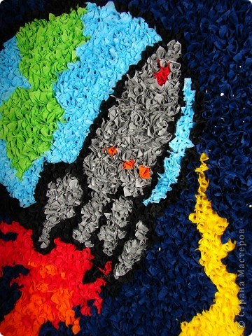Сделала вот такую работу в детский сад на выставку, посвященную дню космонавтики фото 3
