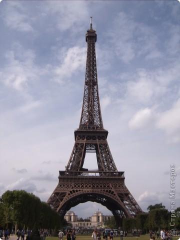 В прошлом году я была в Париже.  А забыть Париж невозможно!!! Так захотелось туда снова. Хотя бы на картине фото 6