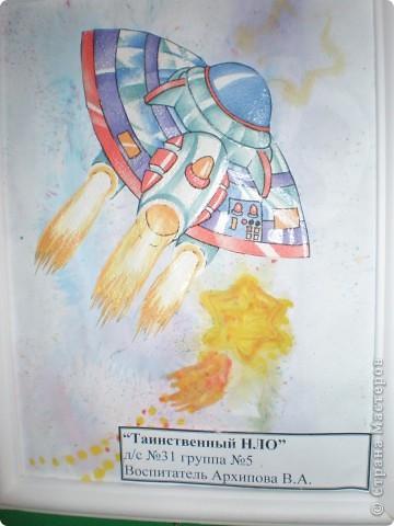 В нашем детсаду в спортивном зале проходила выставка работ, посвящённая дню космонавтики.  фото 21