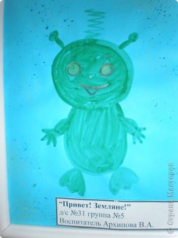 В нашем детсаду в спортивном зале проходила выставка работ, посвящённая дню космонавтики.  фото 23