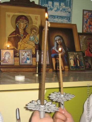 Мои двойняшки со свечами в руках. фото 7