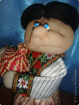 Моя куколка на основе пластиковой бутылки по принципу Трындычихи. фото 2
