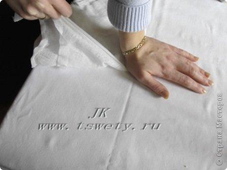 Мастер-класс цветы из ткани.   Белая роза без специальных инструментов.  Гофрированная. фото 17