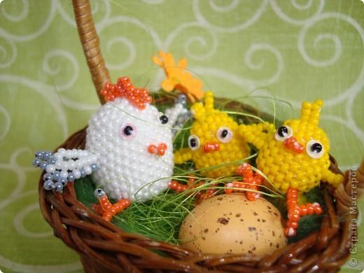 Это вторая партия цыплят. Будущие подарки. Решила сделать им маму-курочку. МК цыплят здесь: http://stranamasterov.ru/node/168598. фото 4
