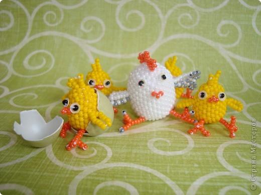 Это вторая партия цыплят. Будущие подарки. Решила сделать им маму-курочку. МК цыплят здесь: http://stranamasterov.ru/node/168598. фото 10