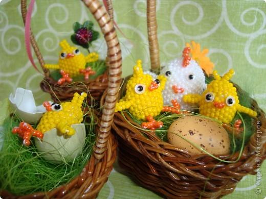 Это вторая партия цыплят. Будущие подарки. Решила сделать им маму-курочку. МК цыплят здесь: http://stranamasterov.ru/node/168598. фото 9
