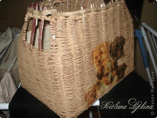 корзинка без крышки, я ее сплела для хранения носочков малыша фото 3