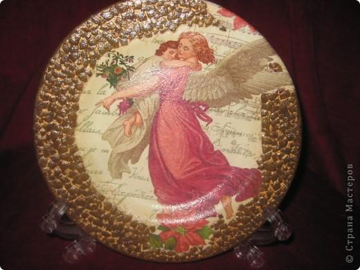 Прямой декупаж:тарелка,салфетка,яичная скорлупа,акриловая краска,акриловый лак. фото 1