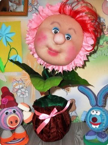 Спасибо Ликме за мастер-класс!!!! Делала цветочек, но дети в два голоса сказали,что это СОЛНЫШКО! Теперь у нас свое маленькое солнышко