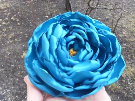 Хочу научится делать такой цветок -помогите  сделать плизззз