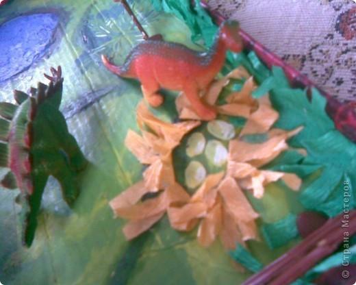 горы сделаны из яичных подставок,облеплены пластилином,покрашены гуашью фото 6