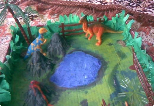 горы сделаны из яичных подставок,облеплены пластилином,покрашены гуашью фото 5