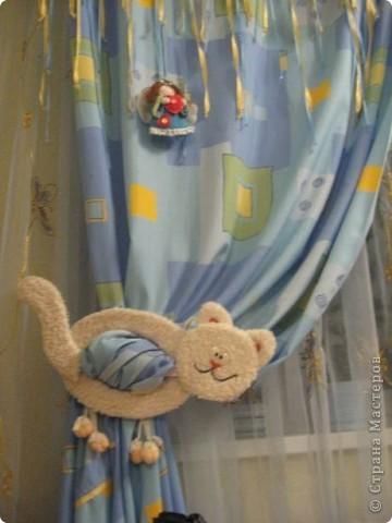 Вот такой подхват для штор я сделала в комнату моего сына. фото 2