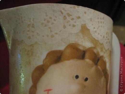 Купила я себе новый молочник, но был он такой скучный, просто белый. Так нельзя, подумала я и немного его приодела :))) фото 3