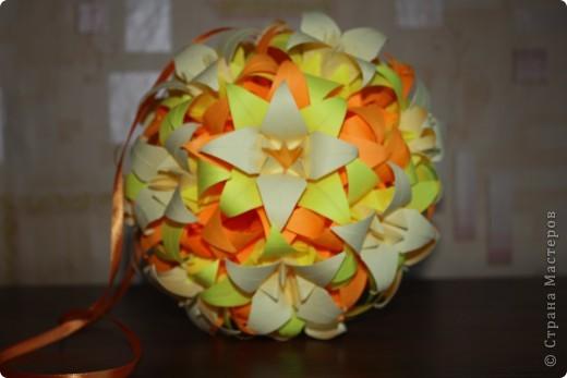 Все лилии в подарок.                                              Размеры квадратиков-15см,14см,13см. фото 1