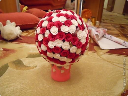 Увидев цветочные шары Витулички сразу загорелась. хочу и все! съездила в цветочный, купила бумагу и понеслось.   фото 3