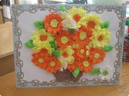 Такую чудесную (на наш взгляд) корзинку с цветами собрали мы с мальчишками - второклашками - Никитой и Даней Большаковыми