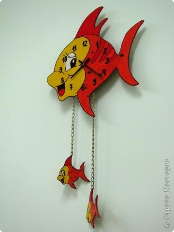 """Часики """"Золотые рыбки"""""""