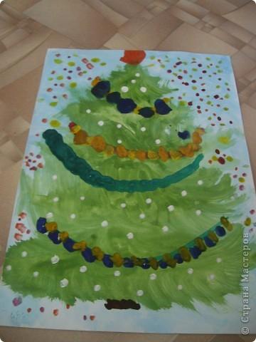 Наконец-то дошли руки разобрать Настины рисунки из детского сада. Эти фотмата А-2. Это любимая игрушка - Жирафик. 4 года. фото 11