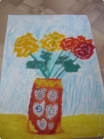 Наконец-то дошли руки разобрать Настины рисунки из детского сада. Эти фотмата А-2. Это любимая игрушка - Жирафик. 4 года. фото 12