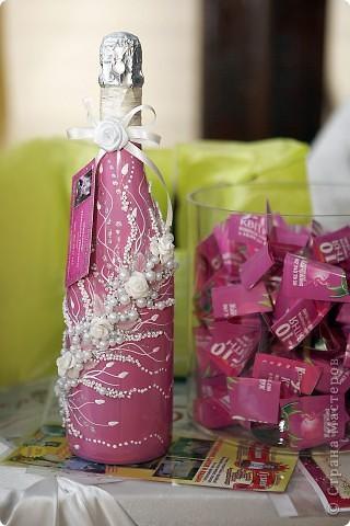 В начале свадебного сезона в нашем городе проходила Свадебная Ярмарка. Вот и я поучаствовала.  фото 8