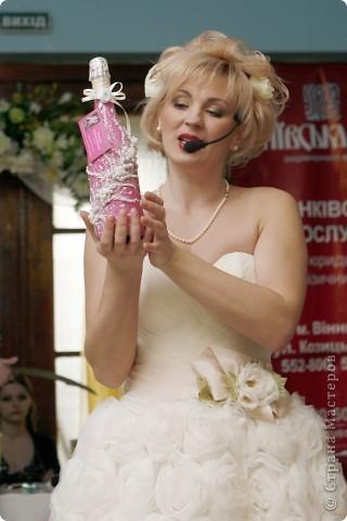 В начале свадебного сезона в нашем городе проходила Свадебная Ярмарка. Вот и я поучаствовала.  фото 9