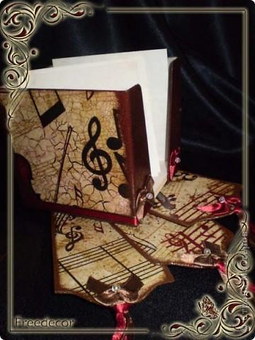 Музыкальная подставка для бумаги