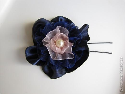 Цветы из лент (на голову, шею, руку) фото 2