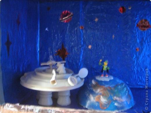 вот такой космос мы сделали с нашими детьми ко дню космонавтики в саду фото 5