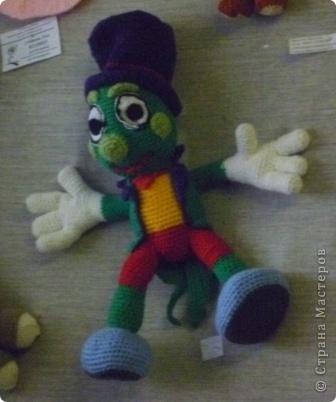 Азамат со своим вязаным мячом на выставке игрушек фото 6