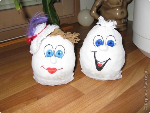 вот такое семейство яиц из карпроновых носков  получилось... спасибо angellira за вдохновение! фото 2
